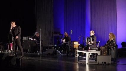 C'est une chanson qui nous ressemble  / Prévert — Yolande Moreau & Christian Olivier